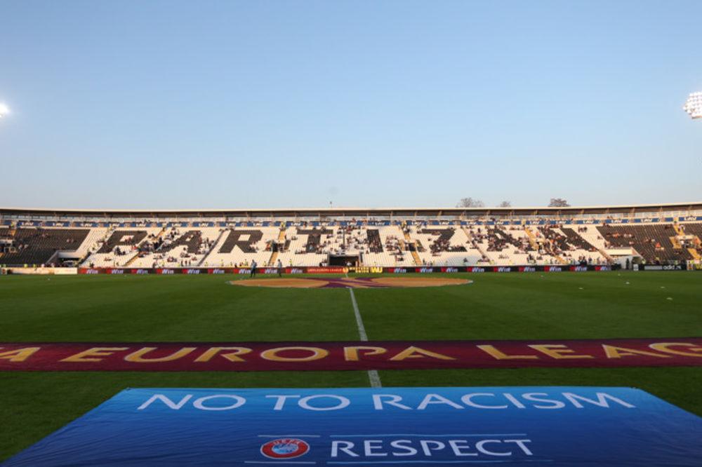 NEMA SEVERA ZA GROBARE: Navijačima Bešiktaša cela tribina na stadionu