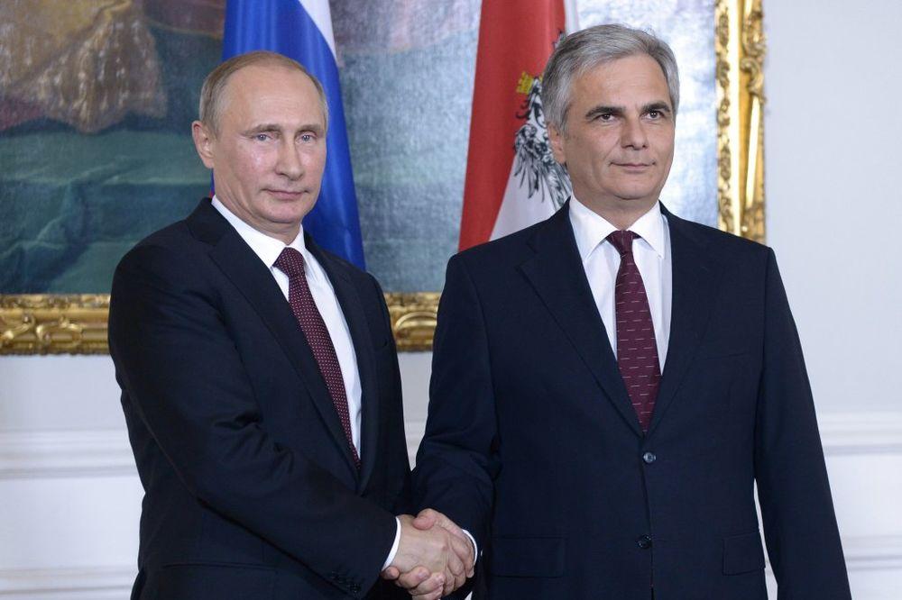 Putin želi da se mirovni pregovori sa Ukrajinom održe u Beču!