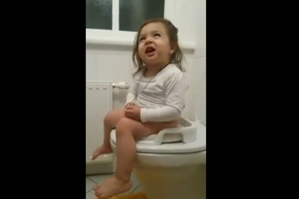 JOJ, MIKI MOJ: Devojčica na noši peva Breninu pesmu!