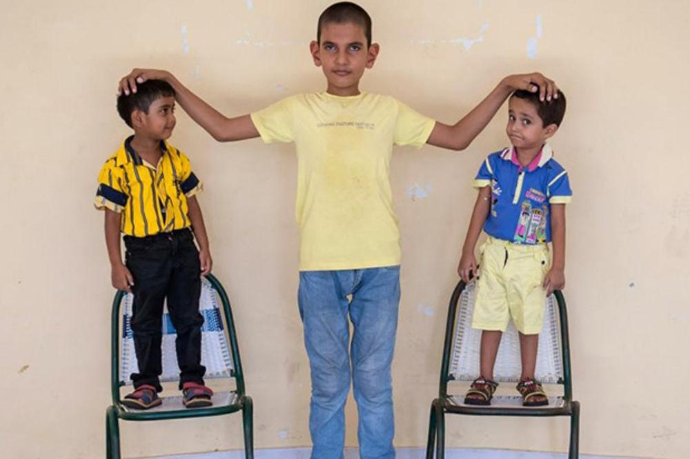 NAJVEĆI KOŠARKAŠKI TALENAT: Dečak ima samo pet godina, a već je visok 170 centimetara
