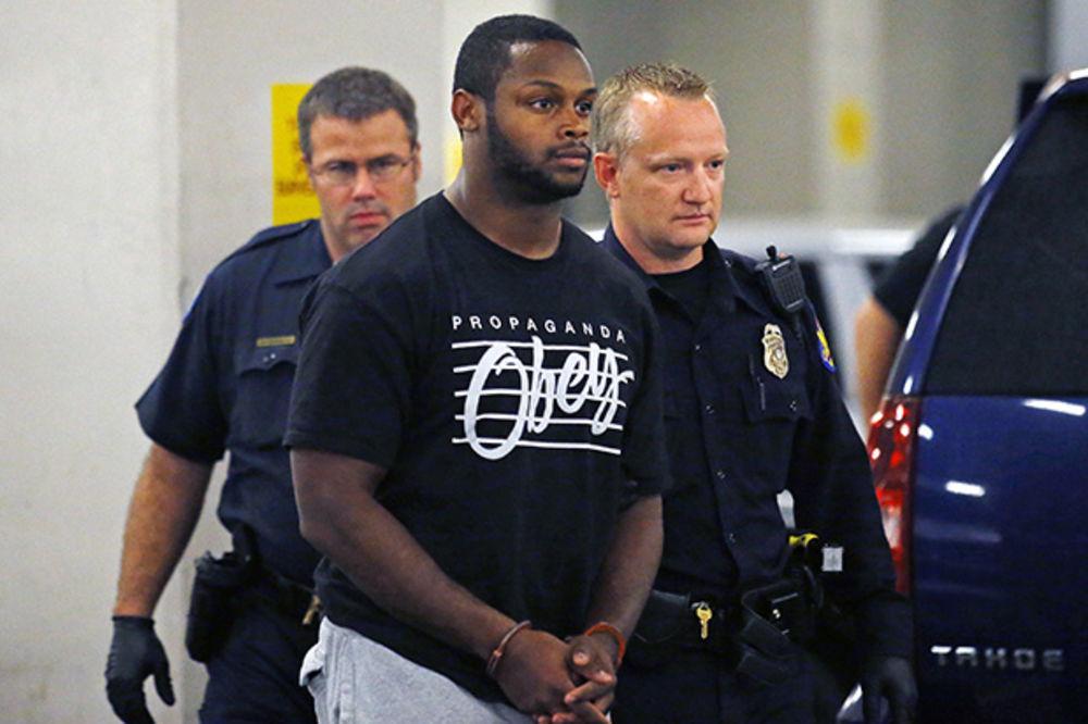 LIGA STRAHA: U NFL-u igraju batinaši, silovatelji i kriminalaci