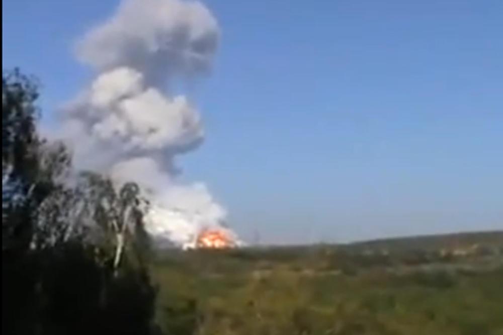 (VIDEO) UŽIVO DAN 215: Balistička raketa raznela fabriku municije u Donjecku?!