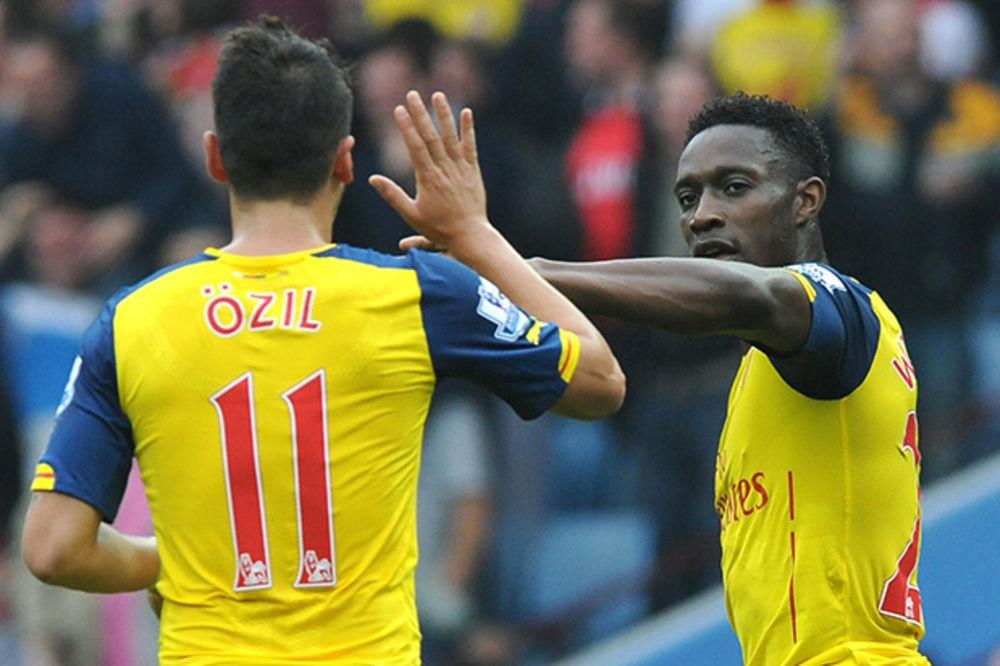(VIDEO) TRI GOLA ZA TRI MINUTA: Arsenal se prošetao do pobede na Vila Parku
