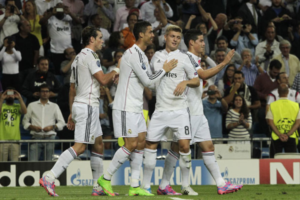 (VIDEO) ŠOU RONALDA, BEJLA I ĆIĆARITA: Real demolirao Deportivo sa 8:2!