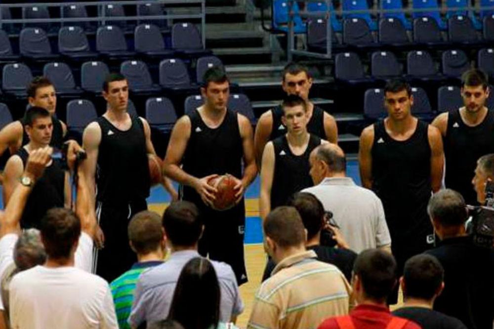 CRNO-BELI RAZBILI SIMONOVIĆEV ORTEZ: Partizan u finalu turnira u Monpeljeu