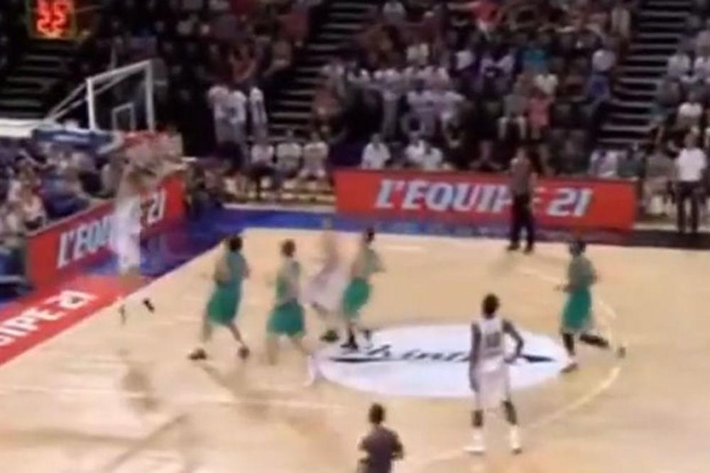 (VIDEO) KAKAV DEBI MURIĆA ZA CRNO-BELE: Pogledajte strašan alej-up igrača Partizana