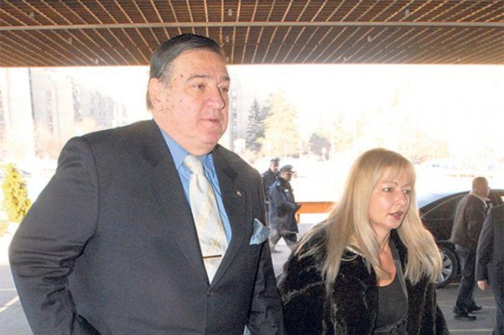 MRKU OČERUPALA LJUBAVNICA: Švalerka mu ukrala sliku od 15.000 evra!