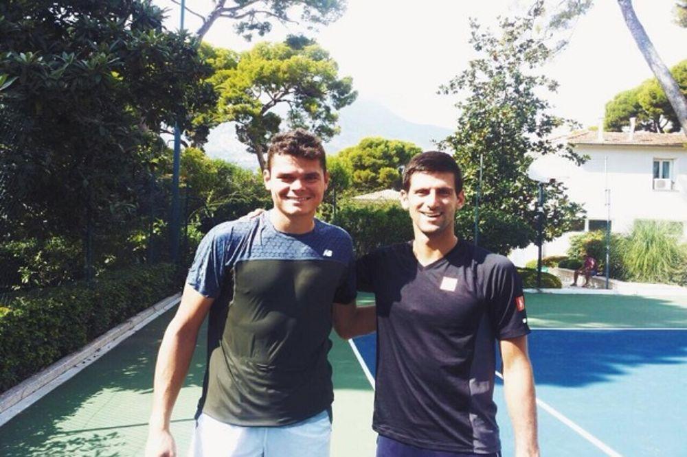 OZBILJNE PRIPREME: Novak pred Peking sparingovao i sa Milošem Raonićem