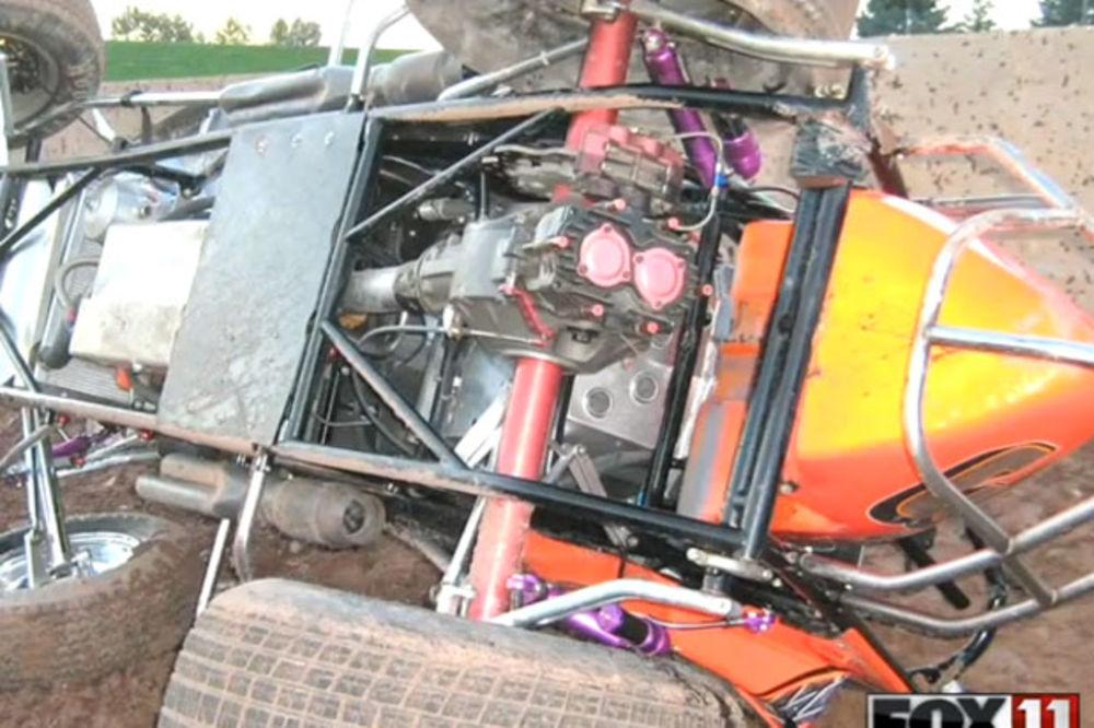 (VIDEO) UŽASNA TRAGEDIJA: Poginuo vozač na stazi