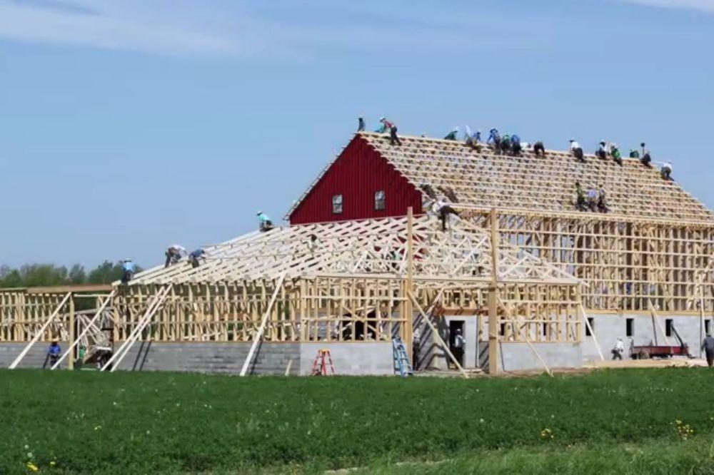 SLOŽNI: Pogledajte kako Amiši sagrade kuću za jedan dan!