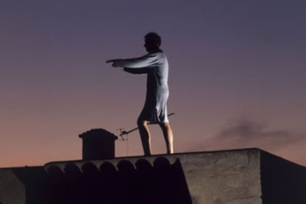 Mladić (17) mesečario i pao sa terase!
