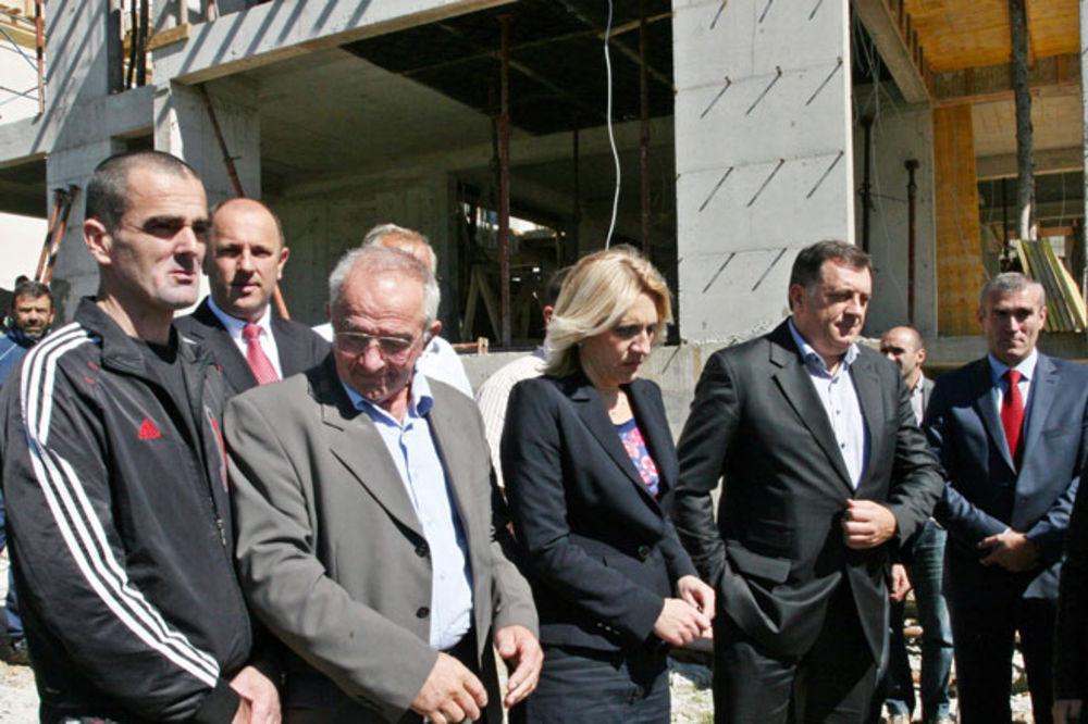 Dodik - Cvijanović o boračkim kategorijama: Za stanove 5.606 korisnika izdvojeno oko 100 miliona KM!