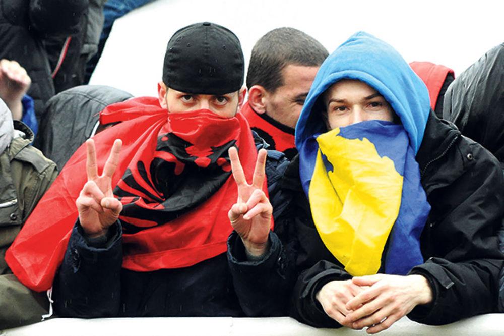 PAKLENI PLAN: Albanski huligani hteli da linčuju fudbalere dva srpska tima!