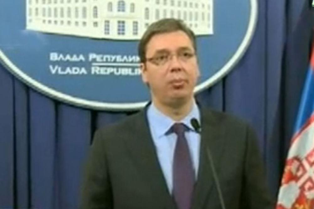 Vučić: Oko 28 miliona evra isplaćeno poplavljenima!