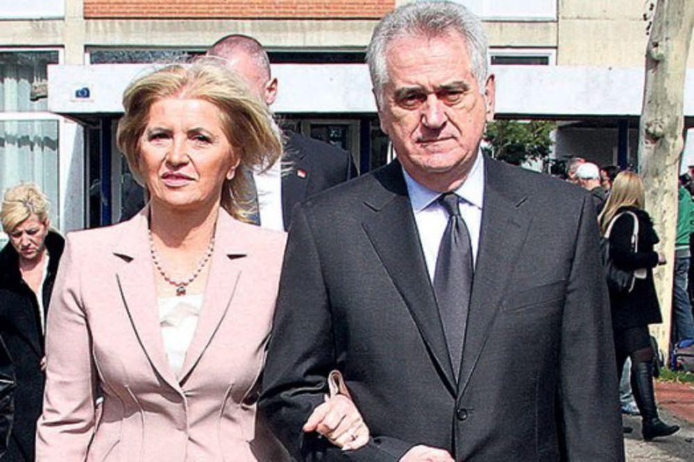 BAHATOST BEZ GRANICA: Nikolićeva svita spiskaće 120.000 dolara za pet dana u Njujorku