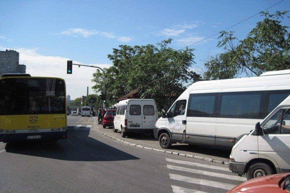 SUZBIJANJE NELEGALNOG PREVOZA: Kod Pančevca 7 kombija isključeno iz saobraćaja