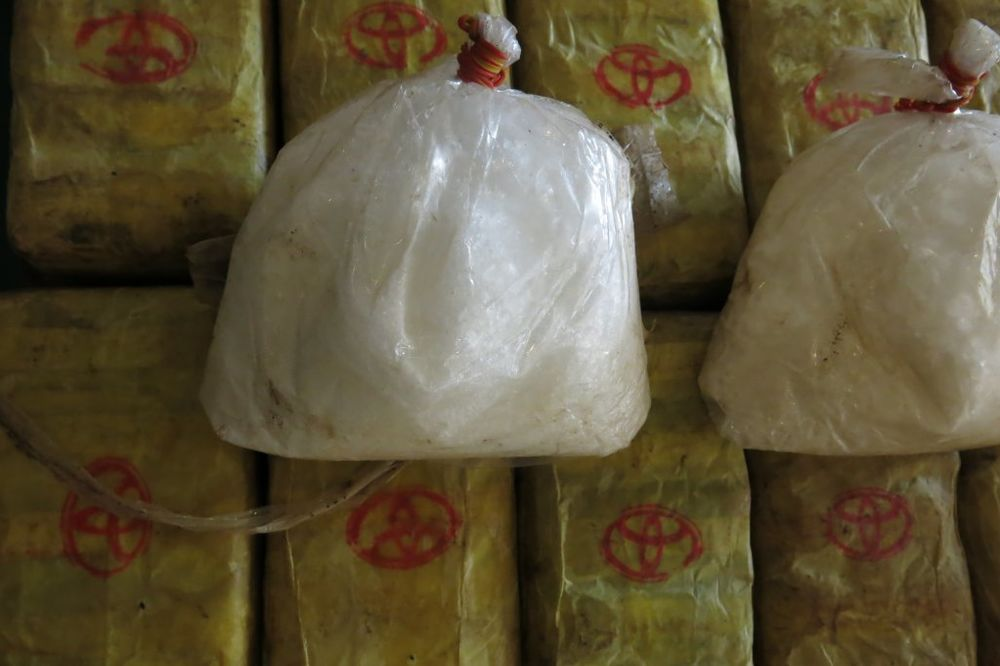 DROGA UBICA HARA SIBIROM: Šestoro umrlo, 100 otrovano sintetičkom supstancom
