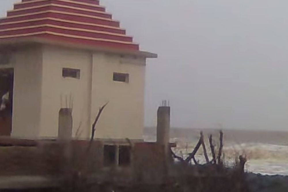 PSI ZAVIJAJU KAD JOJ PRIĐU: Turisti nestaju na plaži u Indiji preko noći!