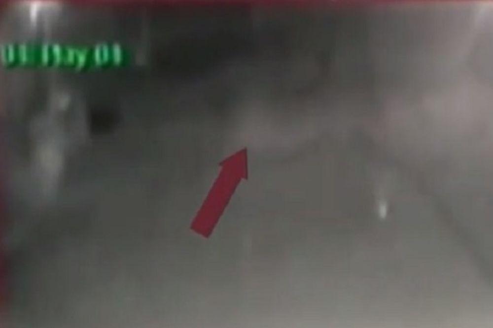 POLICIJA U STRAHU U NOVOM MEKSIKU: Ispred stanice snimili duha, strahuju da ih ima više...