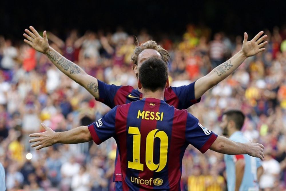 (VIDEO) STRAŠNA BARSA: Katalonci častili Granadu šesticom, uz 400. gol Mesija