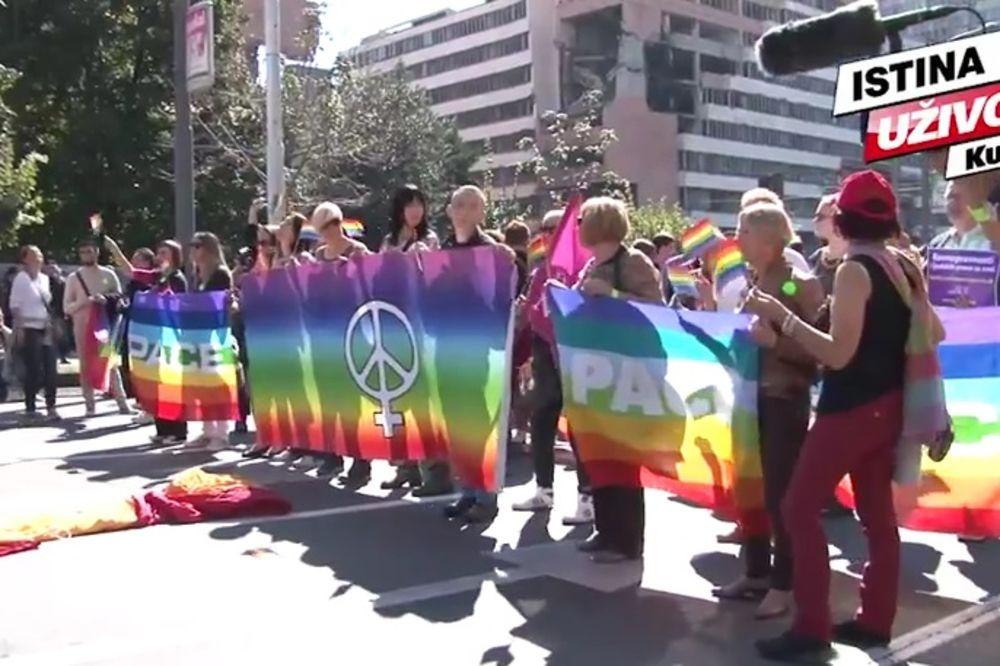ADRIA MEDIA TV: Pogledajte ko je sve bio na Paradi ponosa