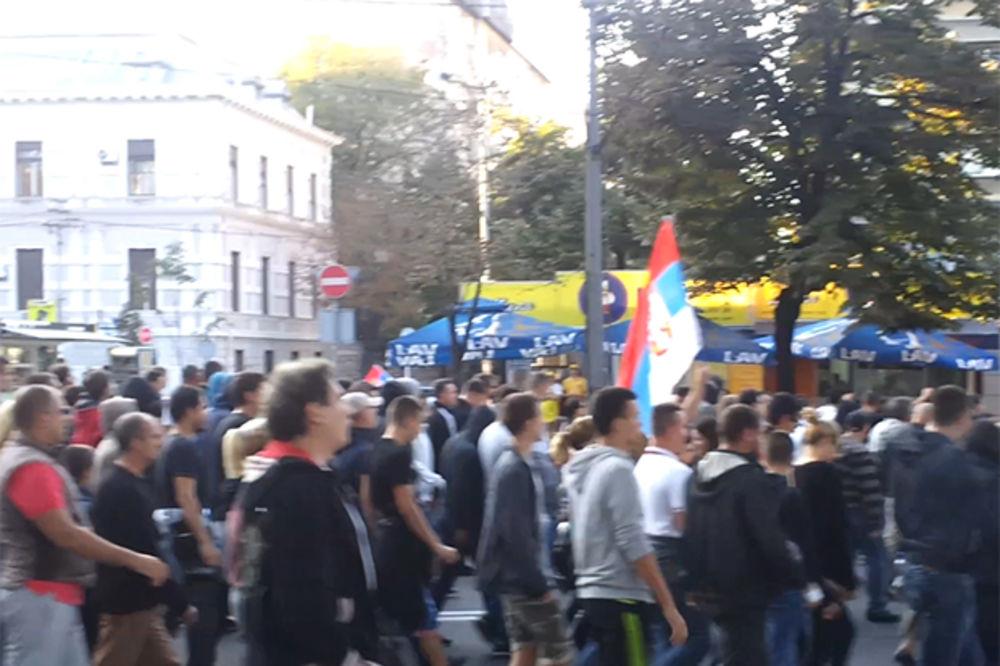 POGLEDAJTE: Pesmom Oj, Kosovo na Paradu ponosa
