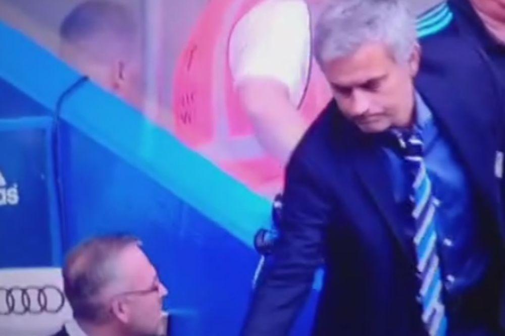 (VIDEO) KO JE OVDE NEVASPITAN: Murinjo ili trener Aston Vile?