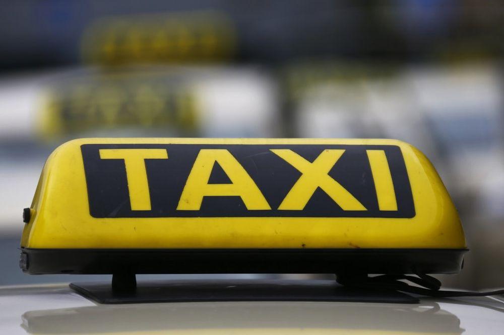 USKORO REŠENJE PROBLEMA: Divlji taksisti bez BG taksi tablica!