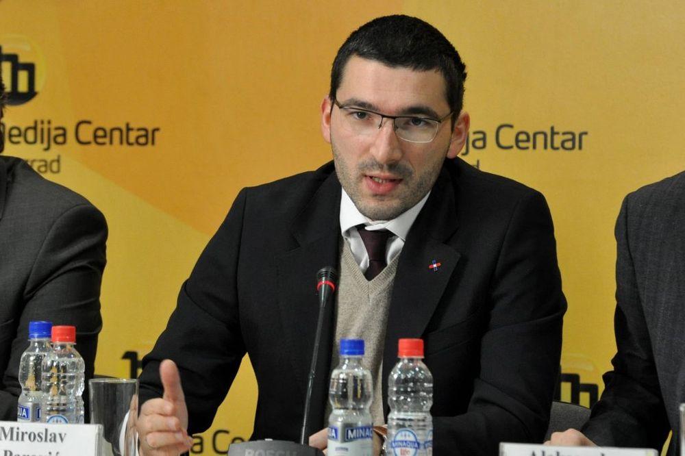 Treća Srbija: Prava se ne štite vređanjem Crkve!