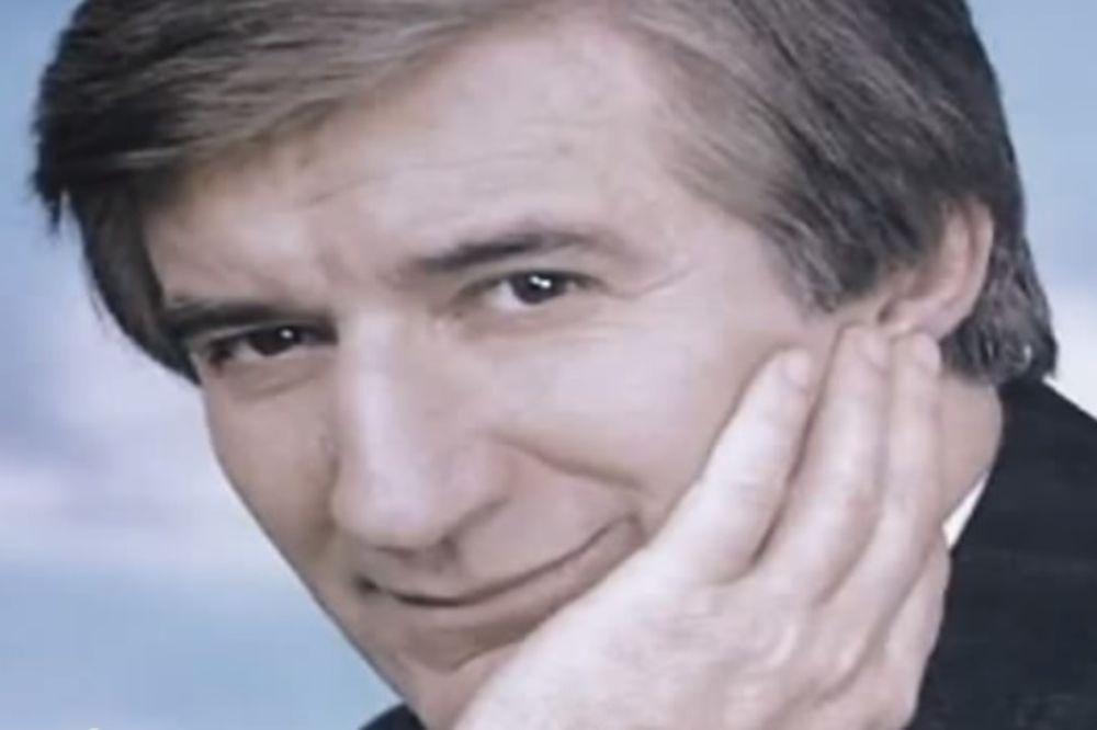 23 GODINE SEĆAMO SE LEGENDE: Pogledajte ko je došao na pomen Tomi Zdravkoviću! (VIDEO)