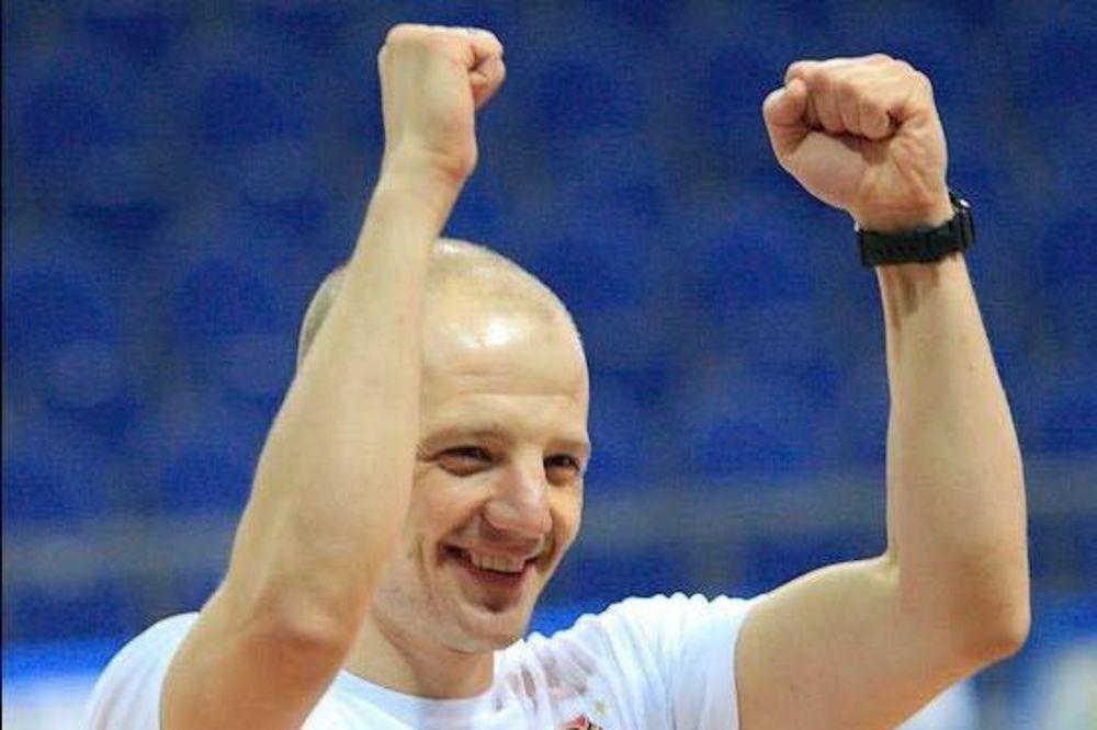SRĐAN SARIĆ NIJE IZDRŽAO: Preminuo trener kojem su košarkaši posvećivali pobede na Mundobasketu