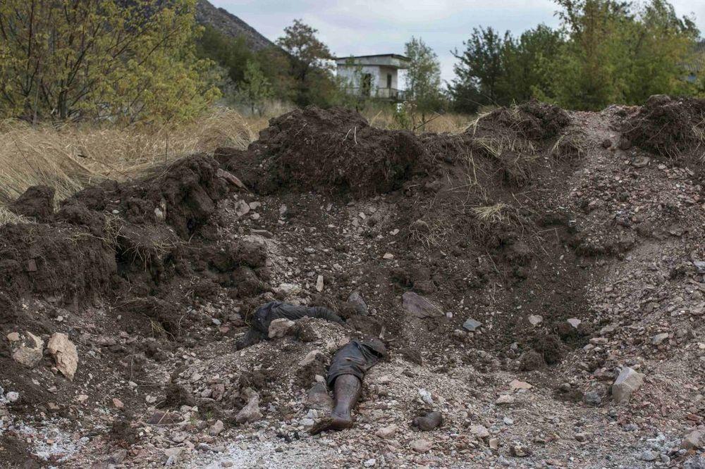 KAZAKOVA: Rusija traži istragu o masovnoj grobnici kod Donjecka