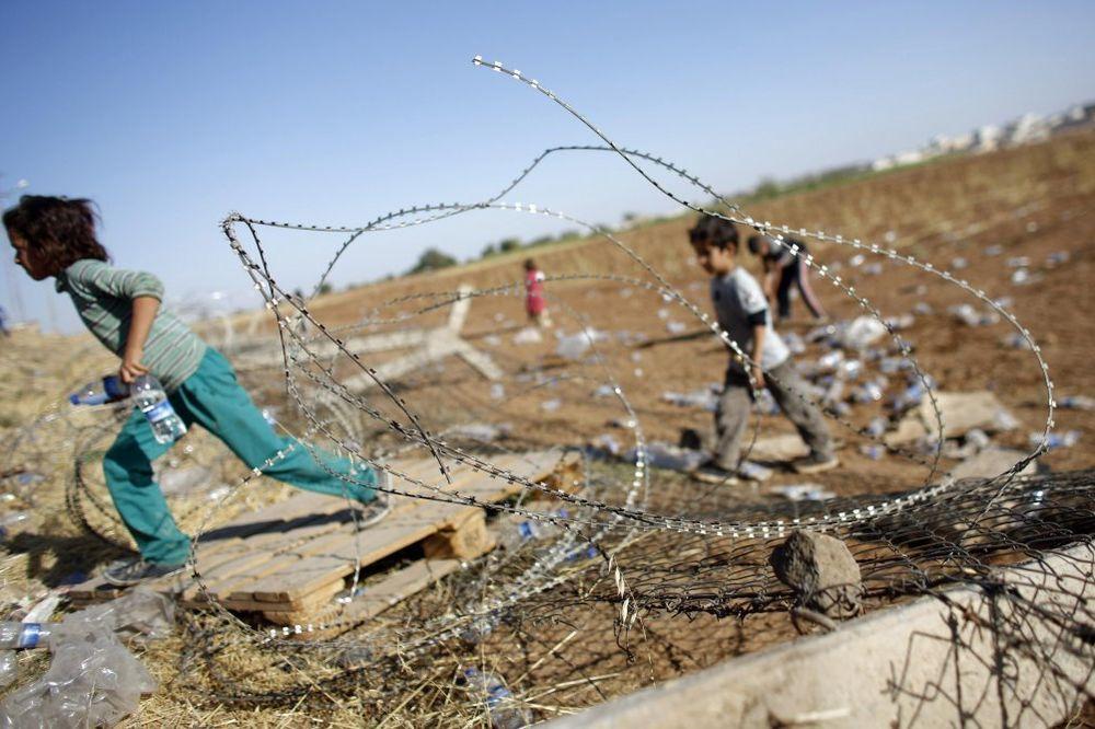 NEOČEKIVANO: ISIL oslobodio 70 kurdske dece otete u maju