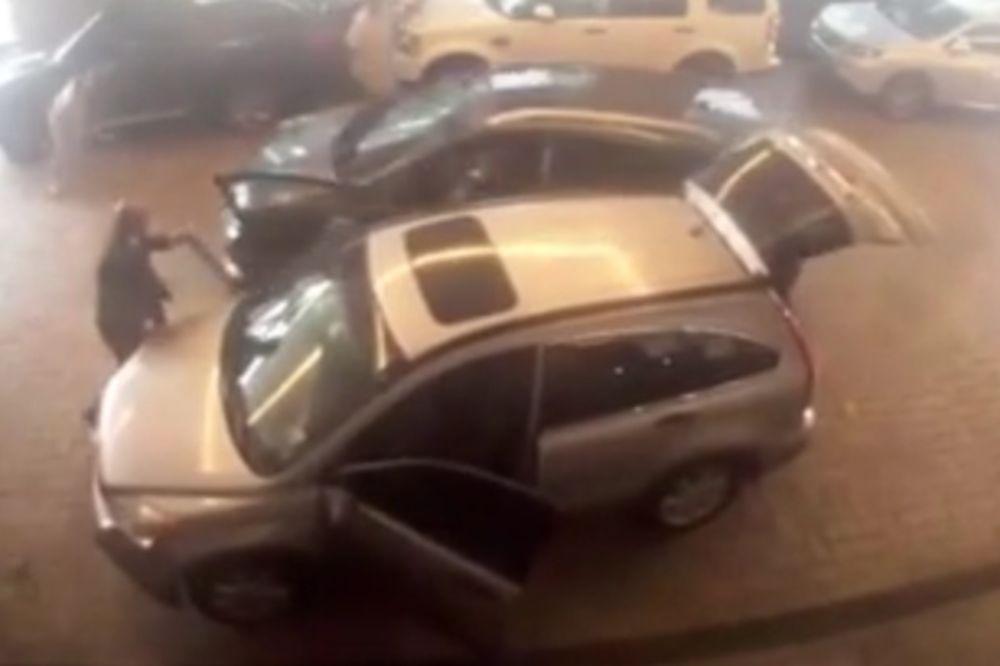 UPORAN LOPOV: Pogledajte najluđu krađu automobila!