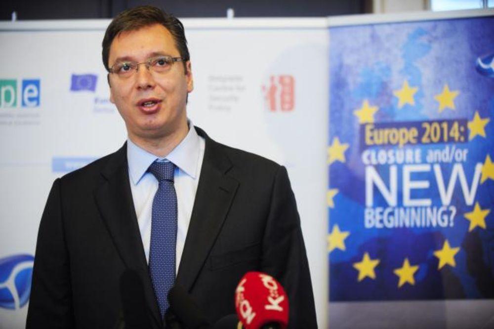 Vučić: Skupština 15. oktobra o budžetu, a ne o platama i penzijama