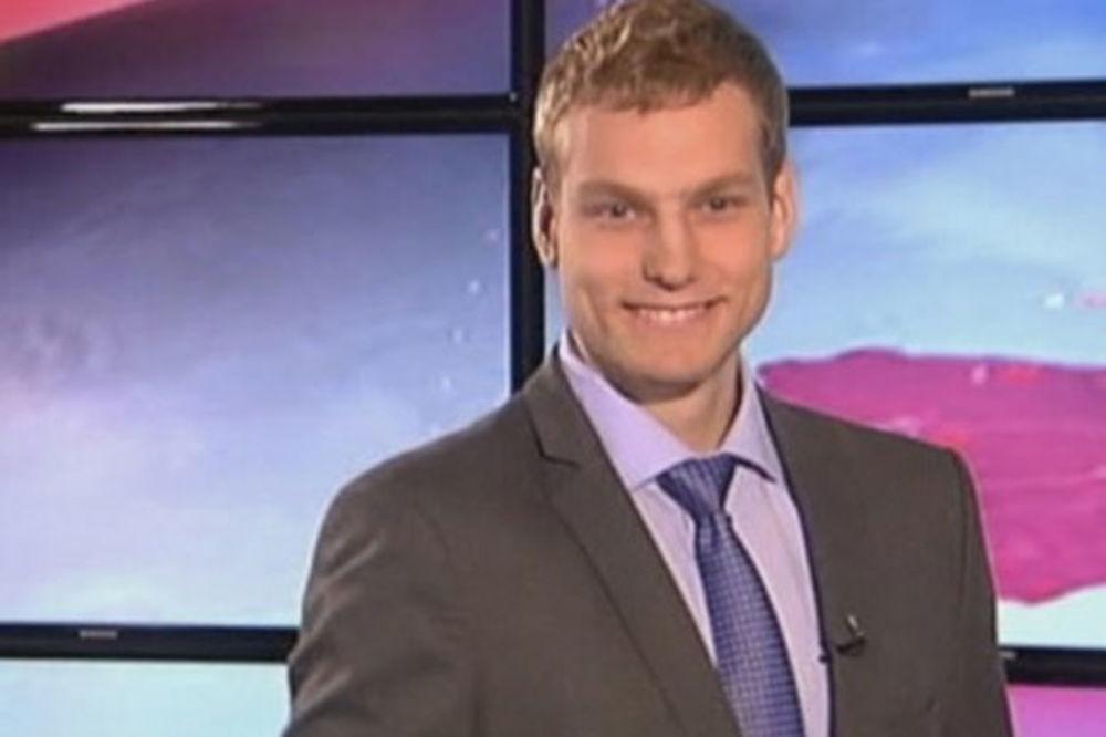 (VIDEO) MORAO DA NOSI I KRAVATU: Pogledajte kako se Jaka Blažič snašao u ulozi spikera