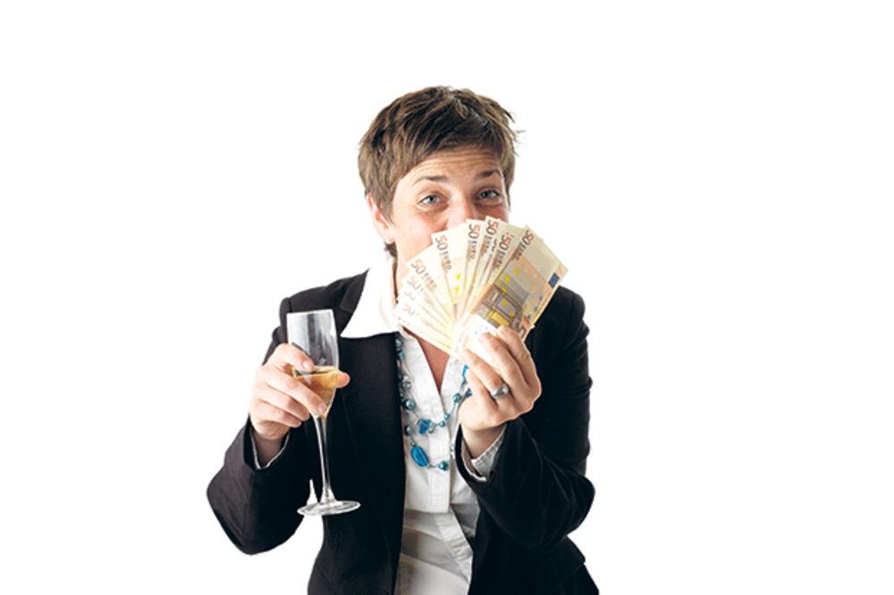 GRAĐANI DOBILI BANKARE: Krediti poništeni zbog kamata!