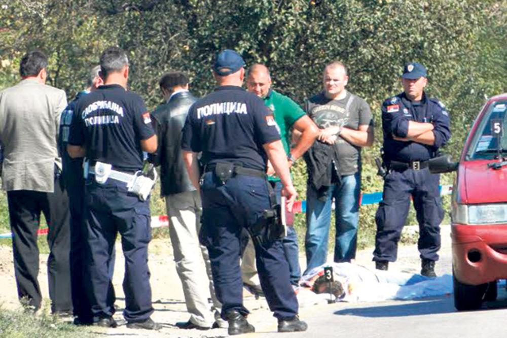 METAK U SRCE ZBOG 1.000 DINARA: Ubio ga jer mu je zakačio branik!