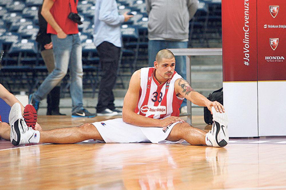Košarkaš Zvezde Majk Cirbes: Srpski je užasno težak!