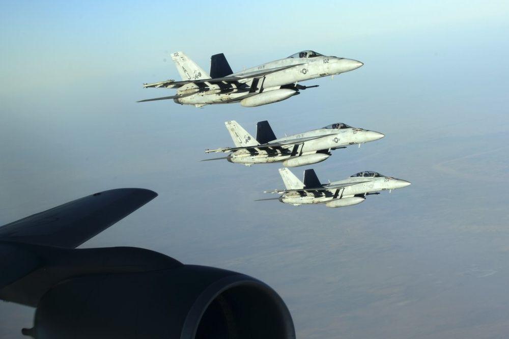 DRAMATIČNO: NATO avioni sve bliže granici Rusije!