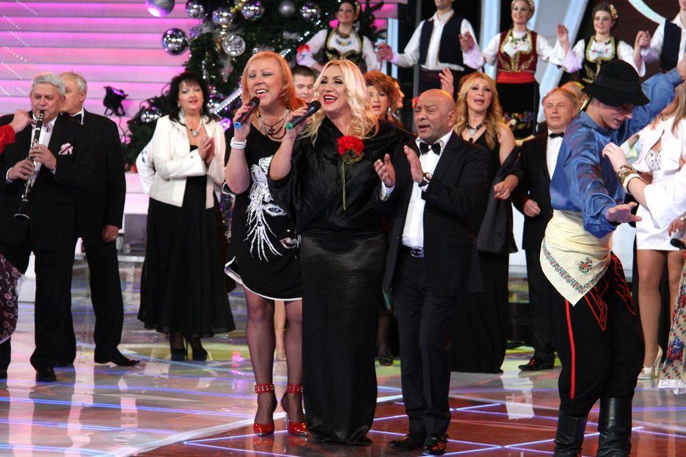 VESNA VEĆ UGOVORILA NOVU GODINU: Za 20.000 evra peva kod Zorice!