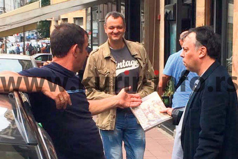 PAPARACO: Nele Karajlić na crno kupuje školske udžbenike!
