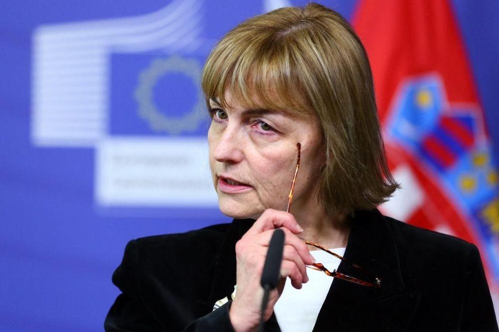 Vesna Pusić: Pričam hrvatski da me Dačić razume!