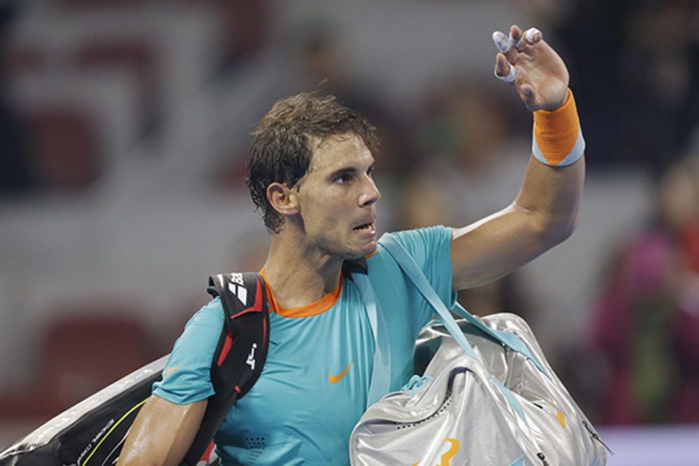 ŠOK: Nadal se povukao sa Rolan Garosa!