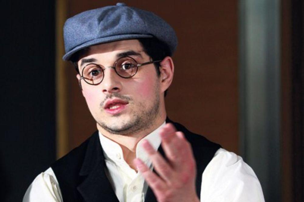 Nikola Rakočević kao gejmer: Očekuje premijeru ostvarenja Travelator