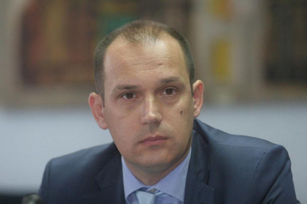 LONČAR: U Srbiji nema obolelih od ebole!