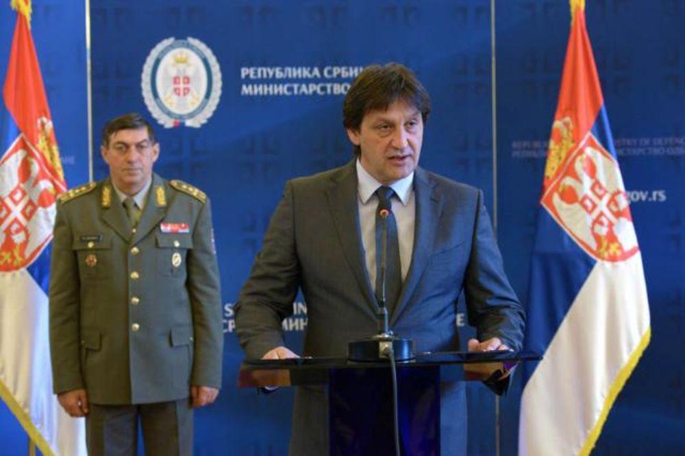 GAŠIĆ: Nastavlja se štednja u vojsci, prioritet na opremanju