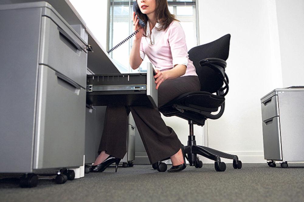 VLADA OBJAVILA: U julu počinje rešavanje viška zaposlenih
