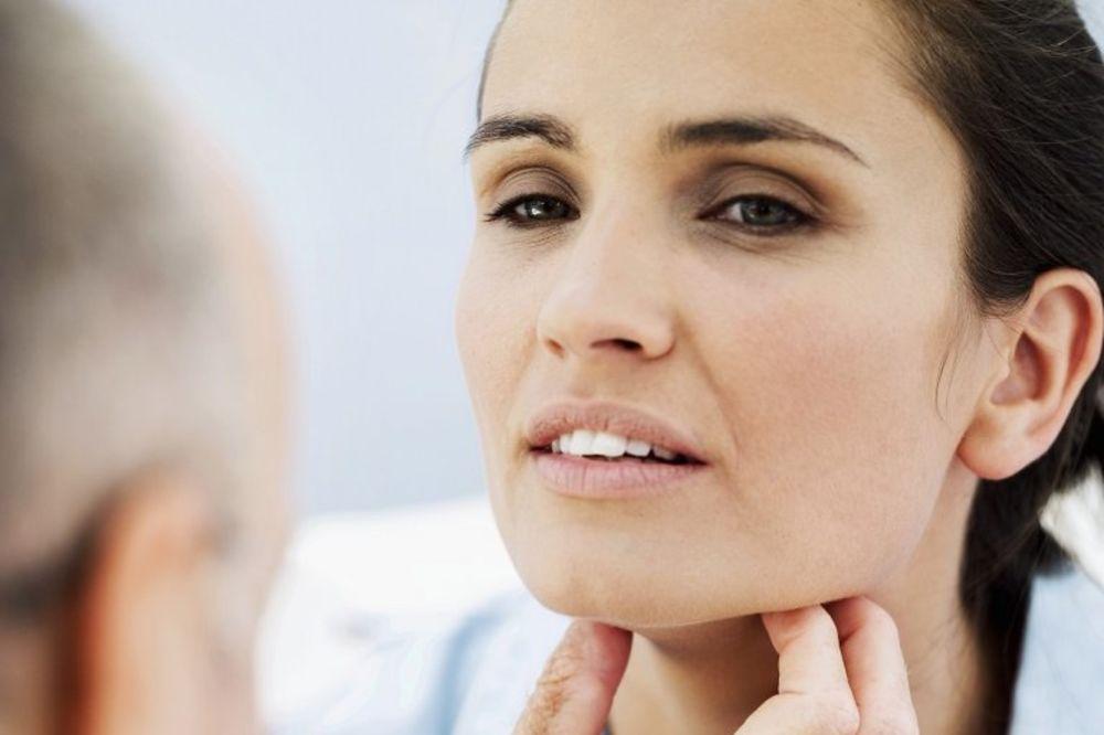 NAUČNICI UPOZORAVAJU: Oralni seks povećava rizik od nastanka raka grla