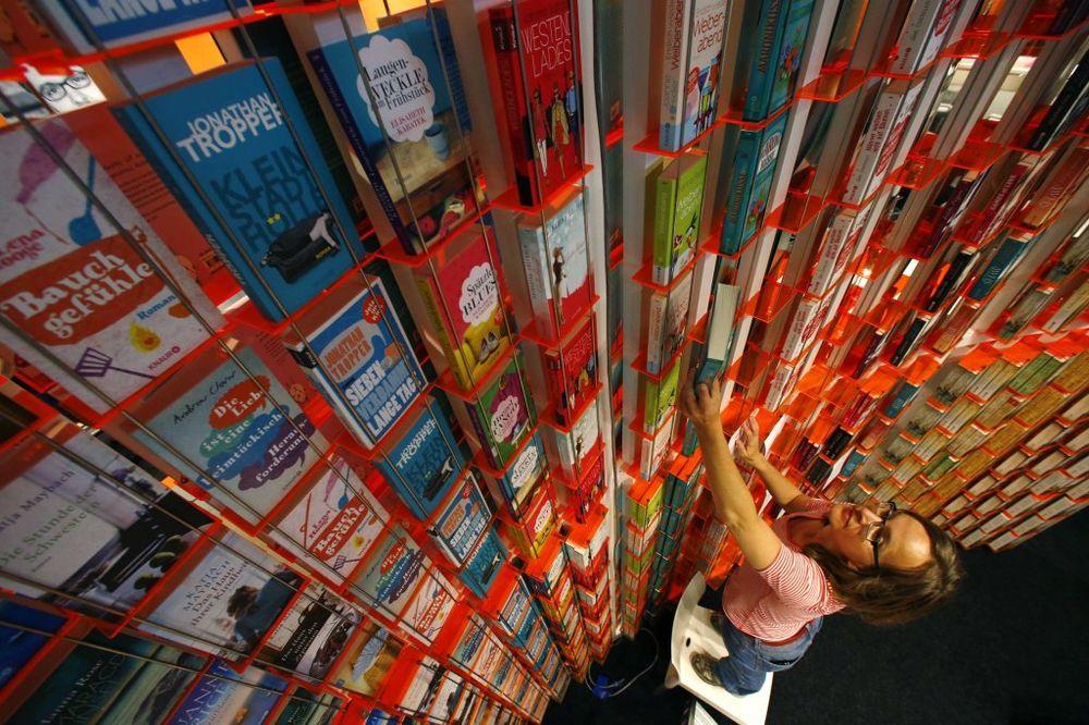 ŠTA ČITA SVET: 10 književnih trendova za ovu jesen